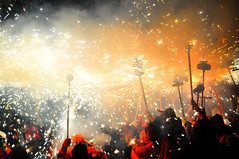 festival of fire (Eggii) Tags: holiday nikon catalonia lloretdemar d90 festivaloffire nikond90 nikkor55300 eggii