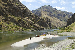 Rafting Hell's Canyon of the Snake River, ID / OR. (Justin Bailie) Tags: travel people water oregon river fun unitedstates idaho adventure rafting snakeriver northamerica recreation whitewaterrafting oars hellscanyon adventuretravel idahooregon