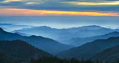 Sequoia National Park (3dRabbit) Tags: sequoia national park sunset clouds fog panorama ef 135mm f2l usm outdoor mountain landscape nature cloud sky hill mist