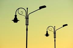 silhouette al tramonto (Federico Barberis Photography) Tags: sunset sea cold canon landscape eos nice tramonto day mare 15 7d sole inverno dicembre freddo imperia canoneos7d canonef55250mmis