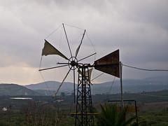 Trb / Dull (schreibtnix) Tags: sky travelling windmill clouds landscape reisen kreta himmel wolken griechenland landschaft dull windmhle trb arkalohori olympuse5 schreibtnix