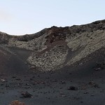 "Volcán El Cuervo (Lanzarote) <a style=""margin-left:10px; font-size:0.8em;"" href=""http://www.flickr.com/photos/8765767@N07/12591657573/"" target=""_blank"">@flickr</a>"