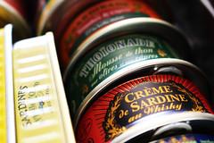 Crème de sardine au Whisky (Théo Fonteix) Tags: crème sardine whisky france produit terroir alcool boîtes conserve focus soft colors