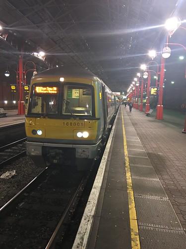 168001 ready to work 1G59 19:47 Marylebone to Birmingham Snow Hill with me as far as Banbury. 27/2/17