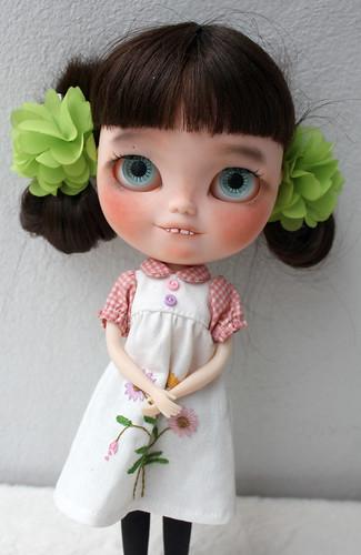 Pom - icy doll