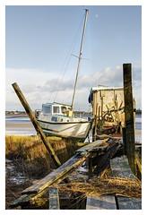 Mooring at Skippool Creek (Digital Wanderings) Tags: skippoolcreek mooring wooden jetty wyre estuary broken old stormdamage thorntoncleveleys poultonlefylde boat