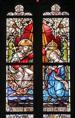 Fenster - Krönung Mariens - Neugotische Hallenkirche St. Mariä Himmelfahrt (Füchtorf) (Heidi St.) Tags: chorfenster glasmalerei kirche kirchenfenster krönung maria sassenberg