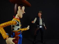 Woody shot first (Matheus RFM) Tags: starwars shfiguarts hansolo woody revoltech toystory