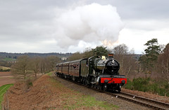 7802 Bradley Manor approaches Bewdley tunnel (Andrew Edkins) Tags: 7802 bradleymanor manorclass greatwestern gwr steamtrain severnvalleyrailway svr foleypark bewdleytunnel landscape railwayphotography england worcestershire uksteam geotagged incline trees canon spring march 2017 heritage vintage local