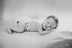 _DSC0001 (Jonas Kakaroto Honorato) Tags: jkakaroto newborn recemnascido baby bebe luna criança child