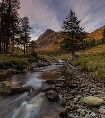 Gleann Meinich .. (Gordie Broon.) Tags: gleannmeinich rossshire scottishhighlands strathconon forest allt abhainn pines trees scotland schottland glenmeanie ecosse escocia landscape paisaje scozia scenery carnoch szkocja caledonia scenic hills mountain stream burn paysage collines heuvels inverchoran scardroy strathanmore achnasheen hugeln creagghlas gordiebroonphotography alba april 2017 canon5dmklll canon1635f4l spring geotagged