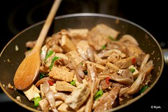 Tofu & oyster mushroom (Kym.) Tags: chile chili cooking food garlic ginger kymskitchen mushroom oystermushroom pepper salt scallion sesameoil sesameseeds soy springonion sugar tofu vegan vegetarian veggie water thenetherlands