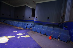 Harlow ODEON19 (Landie_Man) Tags: harlow odeon cinema london south east picturehouse picture house oscar deutsch disused derelict closed shut shame sad film movie tv theatre flicks moving pictures urbex photos abandoned laid up finished flling down dalling falling platters projectors cake stands retail box office pay seats food snacks tickets