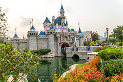 Sleeping Beauty Castle the Second (Jared Beaney) Tags: canon6d canon hongkongdisneyland hongkongdisneyresort hongkong hongkongphotography disney disneythemeparks themeparks disneyphotography disneyphotographer sleepingbeautycastle disneycastle reflections