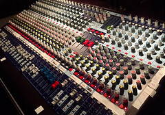 Mixer (XoMEoX) Tags: lautstärke volume klangpegel pegel aussteuern regeln schieber regler abmischen wiederholung repetition konzert concert veranstaltungstechnik veranstaltung iphone6 iphone soundengineering pa tontechnik anlage soundanlage mischer klang knob knöpfe knobs soundsystem sound mischpult mixer mixingdesk music musik acoustic engineering acousticengineering audio audioengineering soundcontrol control controller soundmixer klangbild modulation impedanz impedance