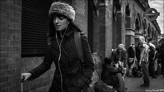 Walk on By (zolaczakl) Tags: london blackandwhite mono monochrome photographybyjeremyfennell april 2017 fujix100s candid streetscenes people stpancrasstation