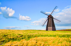 Windmill (Francesco Impellizzeri) Tags: brighton england windmill clouds landscape ngc
