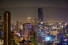 Bangkok at Night (chrmoe) Tags: bangkok krungthepmahanakhon thailand th cmde vertigo banyantree rooftop skyline city skyscraper