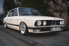 XS CLASSIC 2016 (JAYJOE.MEDIA) Tags: bmw 5 e28 low lower lowered lowlife stance stanced bagged airride static slammed wheelwhore fitment bbs bbswheels