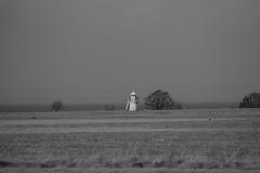 Beacon (J. Roseen) Tags: lighthouse fyr visingsö filed fält landscape landskap distant eos7dmkii sverige sweden norden nordic scandinavia skandinavien