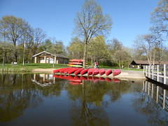 Wheaton, IL, Herrick Lake Forest Preserve, Red Canoes for Rent (Mary Warren (8.3+ Million Views)) Tags: wheatonil herricklakeforestpreserve spring nature flora plants boathouse canoes red pier