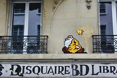 Invader_4945 Paris 11 (meuh1246) Tags: streetart paris invader ruejeanpierretimbaud paris11 spaceinvaders mosaïque mrnatural robertcrumb
