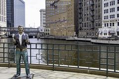 Ayyyyyy (aerojad) Tags: milwaukee vacation travel wanderlust art artinpublicplaces skyline skyscrapers sculpture oldtimey bricks milwaukeeriver wisconsin thefonz fonz fonzie bronzefonz cityscape