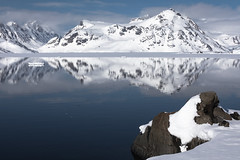 Greenland reflections (Markus Trienke) Tags: grönland kulusuk kommuneqarfiksermersooq gl mountain canon eod 5d mkiv sea ice cold landscape seascape rock greenland eastgreenland snow reflection