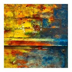 parce que... (Marie Hacene) Tags: grandbassam côtedivoire afrique mur wall couleurs
