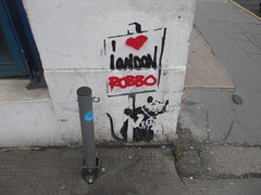 I love Robbo (Matt From London) Tags: streetart graffiti stencil rat banksy robbo chiswellstreet