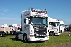 Scania R620 V8 AY61 BYF 2013 TruckFest Peterborough UK (davidseall) Tags: uk truck large goods lorry vehicle sg heavy ltd peterborough cambridgeshire v8 scania haulage truckfest hgv topline lgv 6x4 2013 byf r620 ay61 ay61byf