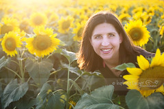 26/52 Sunflower girl... (Barbara Taeger (formerly Pianogram)) Tags: portrait sunlight color yellow backlight happy golden bright sunflowers sunflower goldenhour odc2 ourdailychallenge pianogram m4h52wp barbarataeger