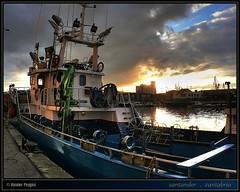 puerto pesquero · fishing port · #2 (www.xavierfargas.com) Tags: p1130580 xavierfargas xfp hdr 1xp photomatix panasonic dmcfz50 lumixdmcfz50 santander cantabria españa spain europa europe puertopesquero fishingport puerto port barcodepesca fishingboat darsena muelle dock barco boat mar sea agua water amanecer sunrise grouptripod bej rubyphotographer worldbest theperfectphotographer soe goldstaraward fineartphotos blueribbonwinner goldenglobe citrit adaptadorgranangular raynoxdcr730 raynox dcr730