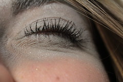 Cierra los ojos y pide un deseo (ChelyGlez) Tags: grey gris eyelashes pestaas closedeye ojocerrado