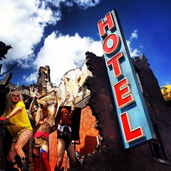image (pav_ster) Tags: fashion festival hotel colours stage performance lovebox