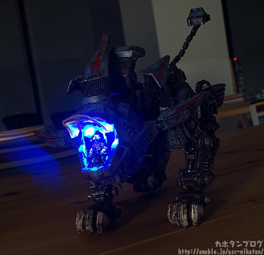 threezero – ZOIDS 系列:Shield Liger