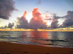 sunrise on Kauai (kenjet) Tags: ocean morning beach weather clouds sunrise hawaii am day pattern cloudy kauai rays