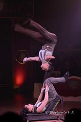 Kimberley y Jillian (Joaquim F. P.) Tags: show camera high nikon artist circo circus performance boom iso indoors jillian noise kimberley performer cirque reus spectacle espectaculo circusact d610 raluy zircus circoraluy circraluy acrobácias circomuseoraluy jocsicaris