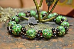 DSC_1018-15 (Liziart Alena) Tags: авторскиеукрашения натуральныекамни бусины хрусталя полимернаяглина фимо зеленый черная смородина бусы браслет комплектукрашений украшениенашею ручнаяработа green instagram jewelery fimo bracelet bijou