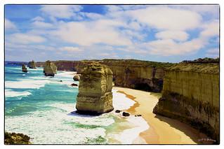 Australia - 6 Apostles at Apostles Bay