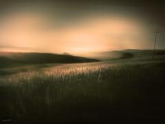 #Cosa sarà.... (graceindirain) Tags: landscape fly textured texturework graceindirain