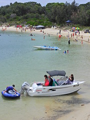 The Sydney riviera (Couldn't Call It Unexpected) Tags: botanybay sydney australia swimming boating summer