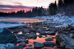 First Light on the Flathead (ebhenders) Tags: flathead river north fork national forest park glacier water sunrise light red reflected rocks