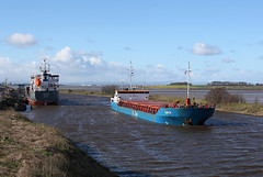 'Cembrook' + 'Elbetor' 21st March 2017 (John Eyres) Tags: cembrook unloading runcorn layby being passed by elbetor inbound for docks 210317 manchestershipcanal