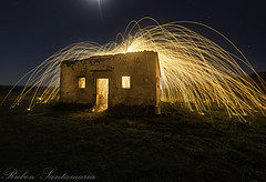 Dark house Lightpaint (Rubén Santamaría Fotografía) Tags: pintar con luz lightpaint lightpainting casa abandonada abandoned house nocturna fotografia nocturne night photo galicia