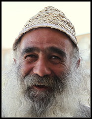 A Darwish in Isfahan, Iran (Gee 2 Gray) Tags: iran isfahan ascetic wonderer oldbazaar dawish