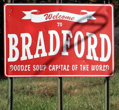 Bradford - Doodle Soup Capital of the World (SeeMidTN.com (aka Brent)) Tags: sign soup bradford tn tennessee doodle welcome welcometo gibsoncounty capitaloftheworld bmok doodlesoup bmok2
