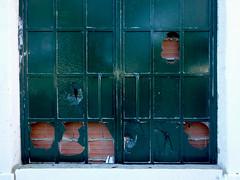 verde (*L) Tags: vidro emparedada quaquadradradidinhosnhos