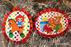 Adornos de navidad / Christmas ornaments (Ana Camamiel) Tags: christmas illustration paper navidad gingerbread ornaments papel ilustracin adornos raggedyann