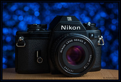 Nikon EM with Nikkor 1.8/50mm E (P.Hcherl) Tags: 50mm nikon bokeh 85mm nikkor em softbox reflector d800 extensiontube bluegel samyang lumiquest 2013 yongnuo mygearandme yn465 yn560 rf603 flickrstruereflection1